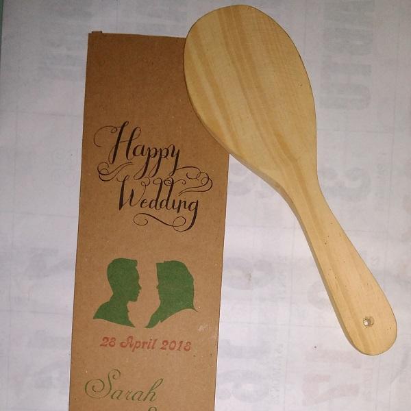 souvenir centong kayu solo