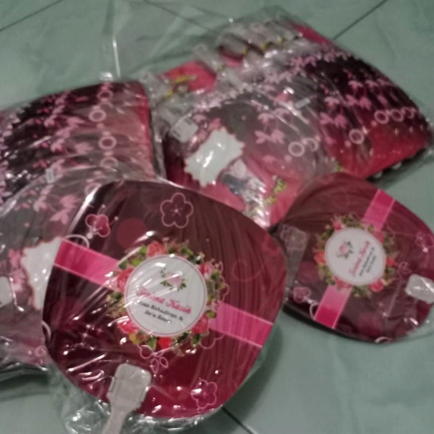 souvenir pernikahan kipas solo (3)
