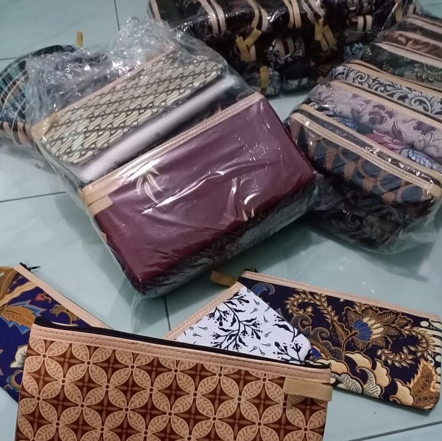 souvenir pernikahan solo dompet batik (8)