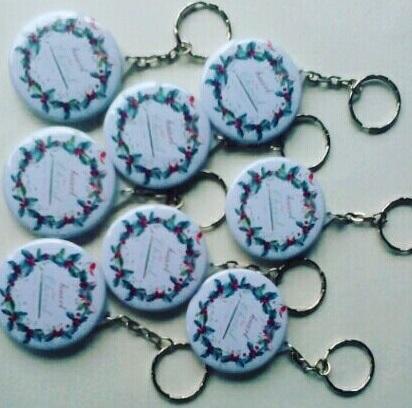 souvenir pin gantungan kunci murah solo